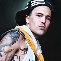 Gadsden Alabama finest...  Yelawolf.... Great song to end Soa s07 E02...  Killed it.  ;)