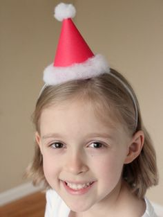 Kids wearing a Santa Party Hat Diy Christmas Hats, Christmas Hanukkah, Christmas In July, Christmas Goodies, Winter Christmas, Christmas Ideas, Holiday Ideas, Santa Crafts, Holiday Crafts