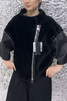 Женская короткая дубленка BP-1 фото3 Sheepskin Coat, Fashion Colours, Trendy Dresses, Mantel, Fur, Street Style, Elegant, Stylish, Blouse