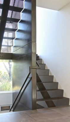 Treasure Island - contemporary - Staircase - New York - Martin Architects PC Staircase Handrail, Interior Staircase, Open Staircase, Stair Railing, Staircase Design, Stairs Window, House Stairs, Tole Pliée, Habitat Collectif