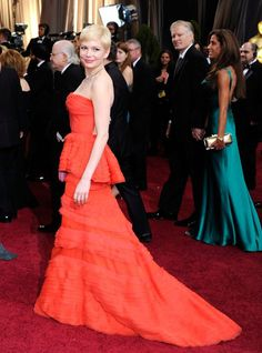 Michelle Williams in Louis Vuitton (Oscars 2012)