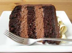 Recheio de Chocolate para Bolo - Mousse - Veja mais em: http://www.cybercook.com.br/recheio-de-chocolate-para-bolo.html?codigo=58993