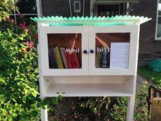 Mijn eigen minibieb!  My own mini library!