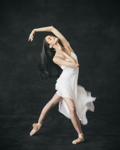 Tanya Howard, First Soloist The National Ballet of Canada Photo by Karolina Kuras Beautiful Images, Most Beautiful, Ballet Photos, Just Dance, Ballet Dancers, Present Day, Ever After, White Dress, Ballet Skirt