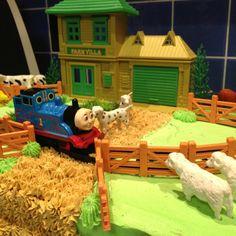 Thomas the tank engine cake 4th Birthday, Birthday Parties, Thomas The Tank, Baby Grows, Cute Cakes, Hunters, Engine, Birthdays, Party Ideas