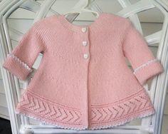 Baby Matinee Sweater di MingoHandknits su Etsy, $80.00