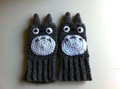 Totoro fingerless gloves Hand crochet van scotako op Etsy