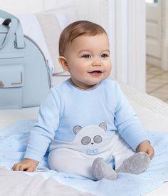 Funny Babies, Cute Babies, Baby Kids, Cute Baby Boy Outfits, Kids Outfits, Beautiful Children, Beautiful Babies, Baby Tumblr, Cute Baby Wallpaper