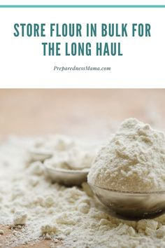 Use this quick tip to store bulk flour in 5 gallon buckets and never make a flour mess again. Canning Recipes, Kitchen Recipes, How To Store Flour, Flour Storage, Long Term Food Storage, Dehydrated Food, Food Storage Containers, Emergency Preparedness, Bread Recipes