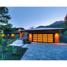 Mountainside Retreat - 421 Crown Rd