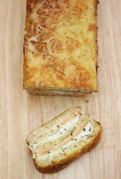 Vous aimez les cakes ? Vous adorez l'indémodable croque monsieur ? Cette recette est pour vous ! Nous l'avons réalisée dans la cuisine de la rédaction.