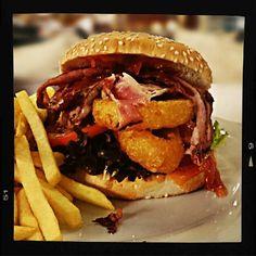 Sesam Burger w/ frie