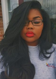 Hair Accessories Beautiful Straight HairStyles for Black Girls!Do you want have same gorgeous hair? Weave Hairstyles, Pretty Hairstyles, Girl Hairstyles, Straight Hairstyles, Black Hairstyles, Love Hair, Gorgeous Hair, Do It Yourself Nails, Make Up Tutorial Contouring