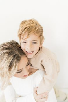 Lifestyle photo of mother & son