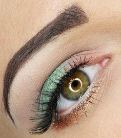 Glitterball green. https://www.makeupbee.com/look.php?look_id=97287