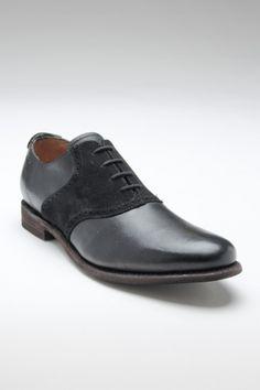 Black on black saddle shoe. Cochinitos 98c1b8931df