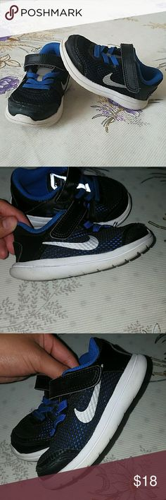 USED- Nike Flex 2016 Run Nike shoes for toddler. Have been worn but toddlers grow out of shoes super quick that they still are in good shape. The white soles are a bit dirty but nothing too crazy.  Doesn't cone with box, but can ship in another nike box. Nike Shoes Sneakers
