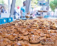 Für alle Leckermäulchen. // For all people with a sweet tooth. #LifeIsSweet #Bahlsen #SweetOnStreets #Munich
