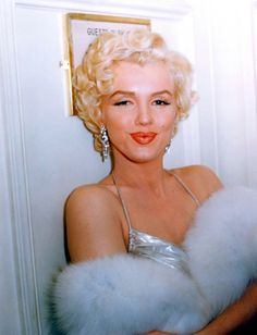 Marilyn... always beautiful! Beverly Hills Hotel, Female Actresses, Grace Kelly, Movie Stars, Gentlemen Prefer Blondes, Rare Marilyn Monroe, Marilyn Monroe Photos, Old Hollywood Glam, Classic Hollywood
