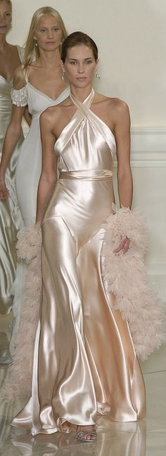 Ralph Lauren Spring 2005 Runway Pictures - Ralph Lauren ~ I know this has already been worn. But this is just inspo. I want a simple silk dress, nothing grand. I don& like the colour wedding white. I like cream whites Source by nikolauslinden - Beautiful Gowns, Beautiful Outfits, Couture Fashion, Runway Fashion, Style Rose, Mode Vintage, Satin Dresses, Pink Satin Dress, Dream Dress
