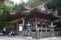 金刀比羅神社(ことひらじんじゃ)香川県 風光明媚 歴史性 温泉街があることで有名。シュウ、ともみちゃんから出雲ツアー中に勧めてもらう。
