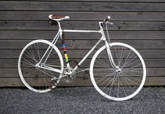 studio settimocielo vittoria fissa fixed gear bike hand engraved details italy designboom