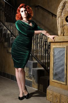 d2ec8f5ae7 Deadly Dames 40s Film Noir Draped Cowl Dress in Emerald Green Emerald  Dresses