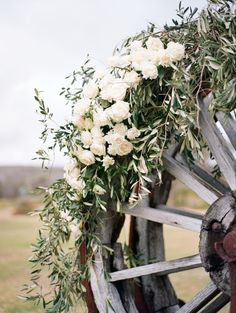 Photography: Katie Grant | Floral Design: Chic Rustique