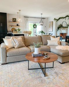 Home Decoration Ideas With Paper .Home Decoration Ideas With Paper Boho Living Room, Living Room Paint, Home And Living, Gray Couch Living Room, Gray Couches, Simple Living Room Decor, Living Room With Beige Couch, Living Room With Carpet, Room And Board Living Room