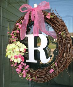 letter with flowers wreath for doors | DIY Door Wreath 10 minutes MamaMommyMom (add felt flowers instead)