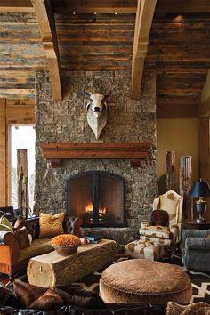 Rustic living room - via lesley sanders - rústico moderno, lar Rustic Elegance, Modern Rustic, Modern Farmhouse, Foyers, Log Coffee Table, Log Table, Espace Design, Timber Frame Homes, Western Homes