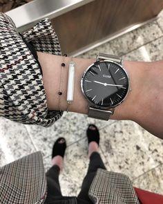 minimal watch. @cluse
