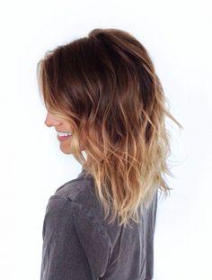 Shoulder length ombré hair brunette to blond