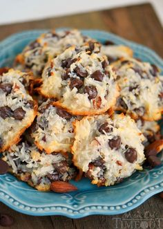 Do you participate in a cookie exchange? Need some more delicious cookie recipes? Check out these great cookies!