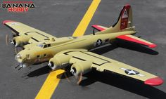 Nine-O-Nine Supersize B-17 Bomber RC Warbird Airplane - Radio Controlled Supersize B-17 Bomber Military Plane - RC
