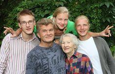 Ruta-Meilutyte y su familia