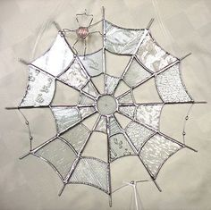 Handmade Stained Glass New Round Spider Web Clear Glass with one of Barbs spiders. Stained Glass Ornaments, Stained Glass Suncatchers, Stained Glass Designs, Stained Glass Projects, Stained Glass Patterns, Stained Glass Art, Stained Glass Windows, Broken Glass Art, Sea Glass Art