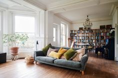 This remarkable five-bedroom house, originally built in the mid 19th Century, has been recently refurbished in spectacular style by the renowned designer Niki Turner. The Grade II-listed property can be found set back from the road behind gates in a tucked-away location just beyond the centre in the popular Gloucestershire town of Stroud. Originally a […]