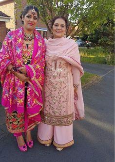 #pintrest@Dixna deol After Wedding Dress, Desi Wedding Dresses, Wedding Suits, Ladies Suits Indian, Indian Attire, Indian Wear, Designer Punjabi Suits, Indian Designer Wear, Salwar Suits Party Wear