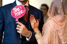 Enthralling wedding photography snaps - get beautiful advice out of this photo shoots. Wedding Photo Booth Props, Pre Wedding Shoot Ideas, Pre Wedding Poses, Wedding Couple Photos, Couple Shoot, Pre Wedding Photoshoot, Bridal Shoot, Wedding Stills, Indian Wedding Photography Poses