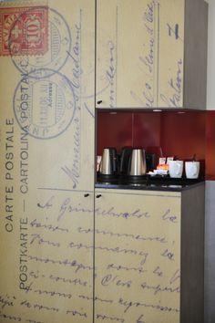 Postcard wardrobe with coffee and tea making facilities. Rooms, Tea, Coffee, Interior, Inspiration, Design, Quartos, Biblical Inspiration, Indoor