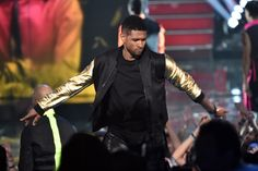 Hear Usher's Sultry Make-Out Ode 'Good Kisser' - http://starzentertainment.net/music-and-entertainment-news/hear-ushers-sultry-make-out-ode-good-kisser.html/