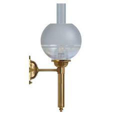 Karlskronalampett elmonterad med klotkupa (vägglampa)