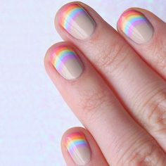 Rainbow nail art designs are very popular this season. Some women like rainbow nails. Rainbows may have different meanings in one's life. If you also like rainbow nails, lo How To Do Nails, Fun Nails, How To Nail Art, Nails Polish, Trendy Nail Art, Subtle Nail Art, Pastel Nail Art, Rainbow Nails, Gradient Nails