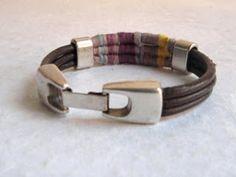 elcuadernodeideas: Pulseras de cuero e hilo de colores