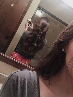 Korean hairstyles femme The post Korean Hairstyles Femme appeared first on Evelyn Simoneau. Pretty Hairstyles, Easy Hairstyles, Korean Hairstyles, Aesthetic Hair, Grunge Hair, Dream Hair, Hair Looks, Hair Inspo, Curly Hair Styles