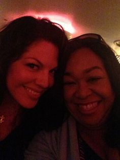 Sara and Shonda out to dinner. Sara Ramirez, Torres Grey's Anatomy, Calliope Torres, Greys Anatomy Cast, Drama, Here's The Thing, Meredith Grey, Let's Have Fun, Best Friendship