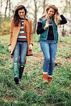**Good layering + boots***  Perfect New England fall fashion.