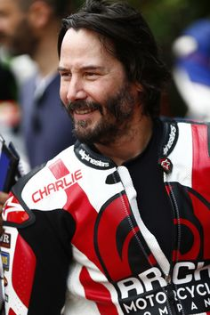 Keanu Reeves Photos - Actor Keanu Reeves takes part at the Goodwood Festival of Speed on June 24, 2016 in Chichester, England. - Goodwood Festival of Speed