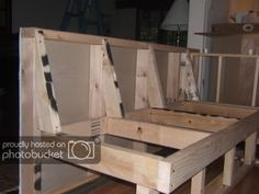 Banquette Seating How To Build Kitchen Banquette, Kitchen Seating, Kitchen Benches, Dining Nook, Kitchen Nook, Restaurant Banquette, Banquette Bench, Banquet Seating, Booth Seating